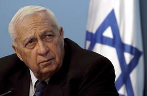 Ariel Sharon, en una imagen de noviembre del 2005, en su oficina de Jerusalén.