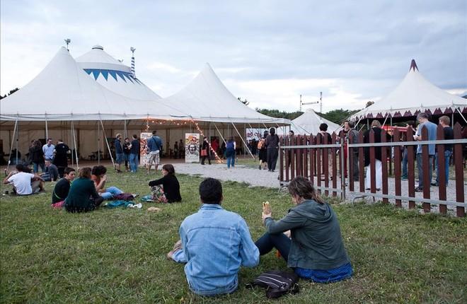 El festival Circ Cric vuelve a desplegar su carpa en el Montseny