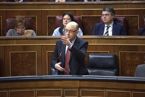 Cristóbal Montoro, en el pleno del Congreso de los Diputados.