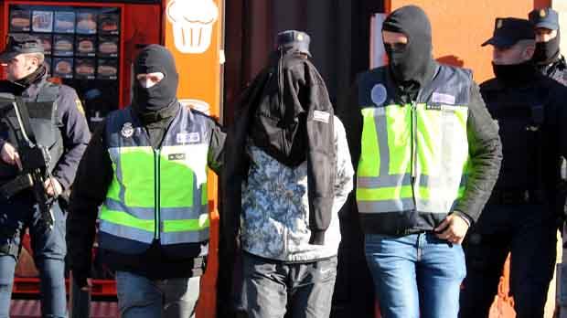 Operación realizada en Figueres, donde se han detenido a dos personas.