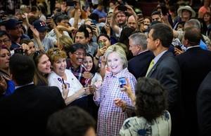 Clinton s'imposa a Puerto Rico i s'acosta a la candidatura demòcrata