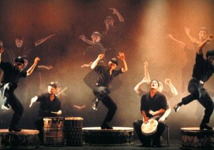 Espectáculo 'Big Drums' de Camut Band.