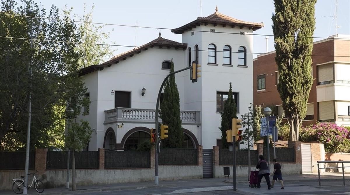 Vivienda de Esplugues de Llobregat propedad de Frederic Gili que está siendo realquilada sin su consentimiento a través de Airbnb.