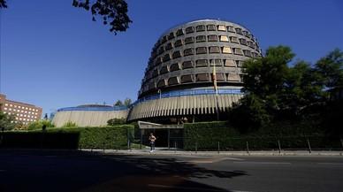 El Gobierno amenaza a Puigdemont con la vía penal ante el TC