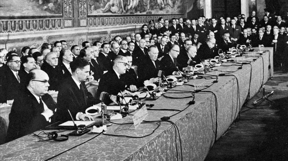 Firma del Tratado de Roma el 25 de marzo de 1957.