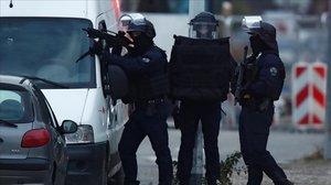 Fuerzas especiales de la policía francesa en Estrasburgo.