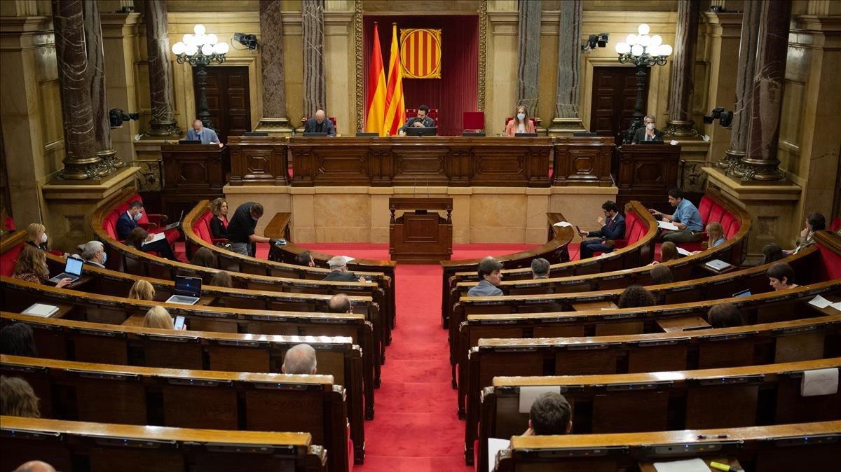 El hemiciclo del Parlament, durante un pleno