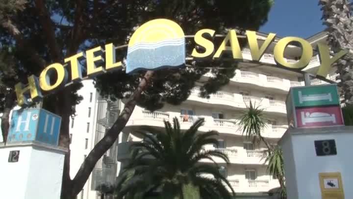 Imágenes del Hotel Savoy de Lloret de Mar, uno de los establecimientos denunciados por conectar ilegalmente con la red eléctrica.