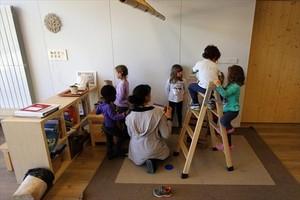 Aula de la escuela Els Encants, en el Eixample de Barcelona, que usa nuevas metodologías pedagógicas.