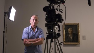 Phil Grabsky, director y productor del documental Young Picasso, en el museo del genio.