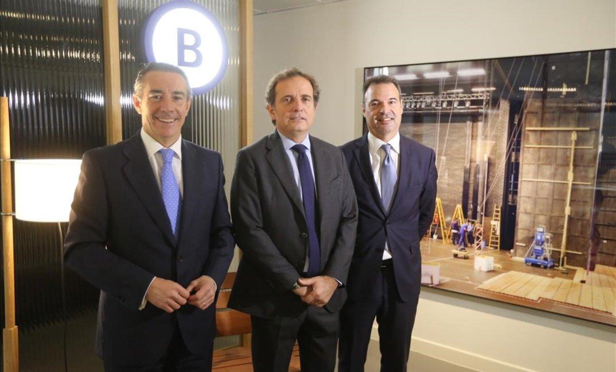 Juan Antonio Alcaraz (CaixaBank), Pau Guardans i Cambó (Barcelona Global) y Miguel Valls (Barcelona Tech City).