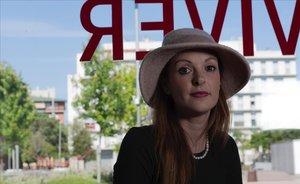 Kerry Jessop, directora de The Missing City Stars, en el Centre Cívic Baró de Viver, escenario de uno de sus proyectos.