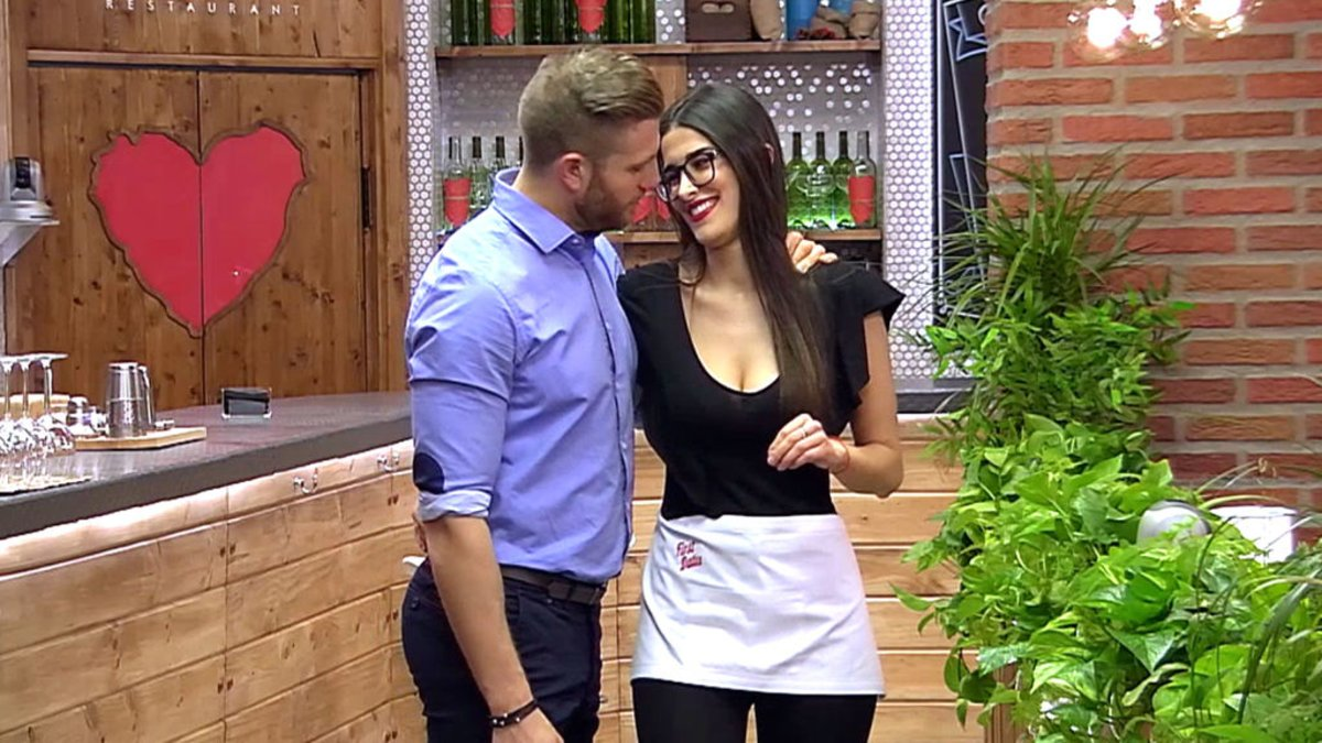 Matías Roure y Lidia Torrent en 'First Dates'