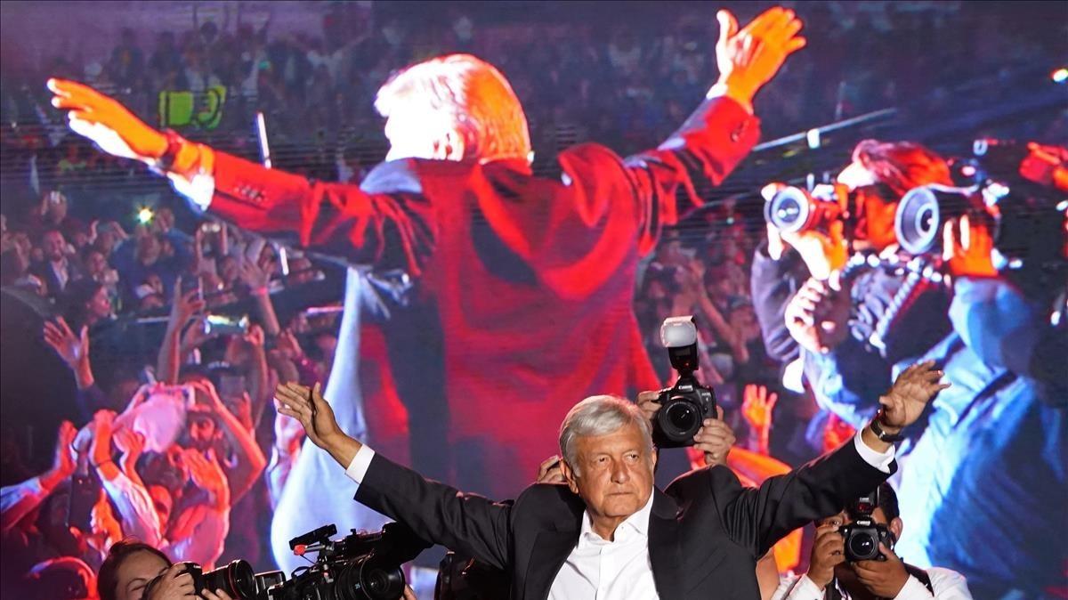 López Obrador en un acto de la campaña electoral.