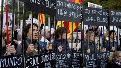 Manifestación bajo el lema, 'Llibertat presos polítics, som República'.