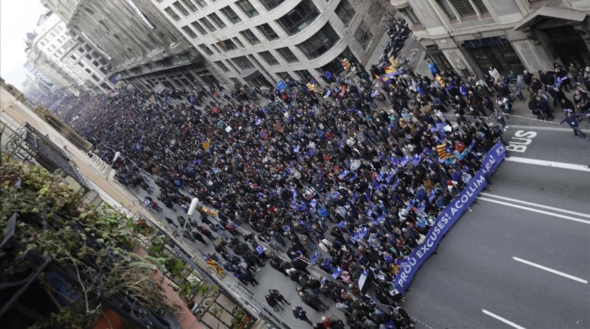 Multitudinaria manifestación enBarcelona afavor de los refugiados.