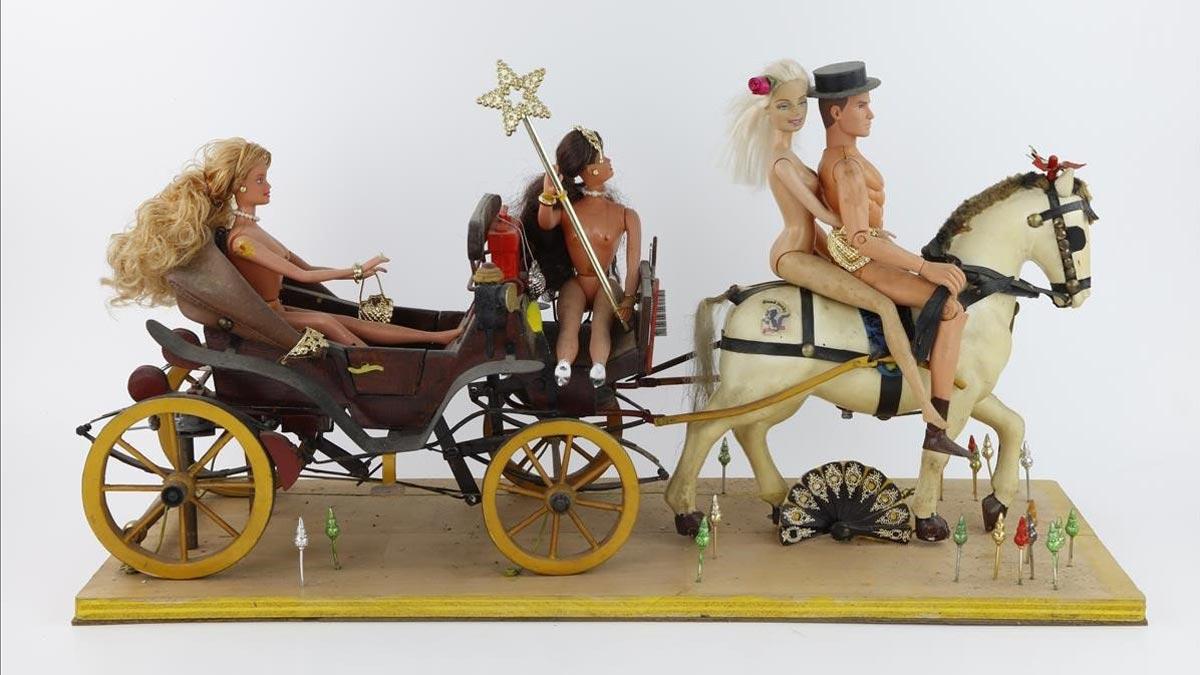 Muñecos solo para adultos en una exposición en el Espai Brossa.