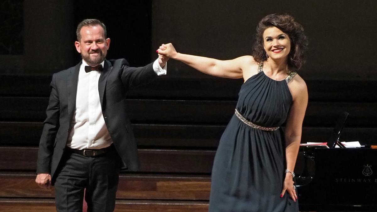 Olga Peretyatko, en el Palau de la Música, con el pianista Giulio Zappa