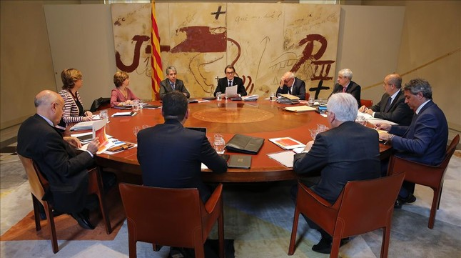 El president en funciones, Artur Mas, en una reciente reunión con su consell de Govern.