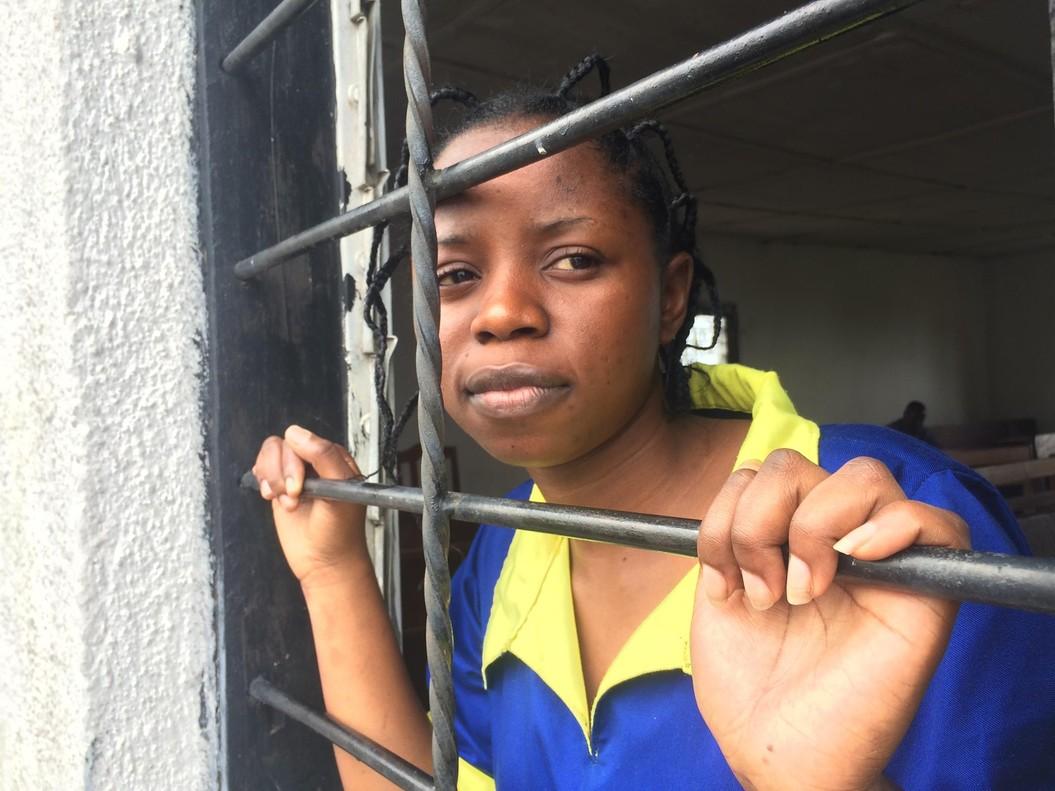 Esta foto deRebecca Kabugho en la cárcel de Goma se convirtió en un icono de la lucha por la democracia en Congo.
