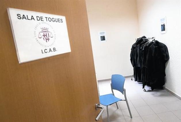 Sala de togas en la sede del Col·legi d'Advocats de Barcelona.