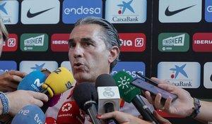 Sergio Scariolo atiende a los medios para comunicar los últimos descartes del equipo