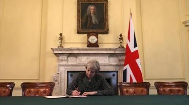 El 'brexit' a lo loco de Theresa May