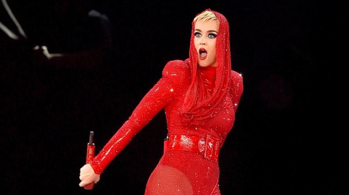 Kate Perry, en el escenario del Staples Center de Los Ángeles, el pasado 7 de noviembre.