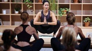 Presentación de Yoga para mi bienestar, el libro de la maestra yogini Xuan-Lan.