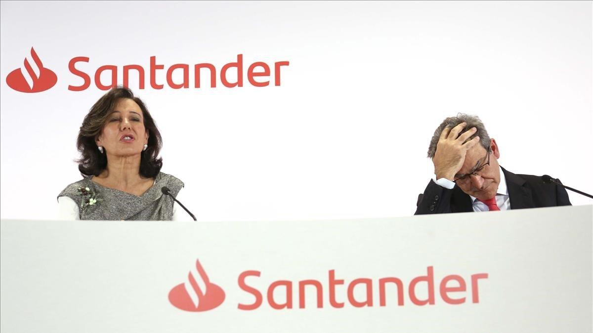 La presidenta del Banco Santander, Ana Botín, y el consejero delegado, José Antonio Álvarez, en la presentación de resultados en enero del año pasado.