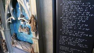 Maqueta táctil de la tumba de Elisenda de Montcada en el monasterio de Pedralbes.