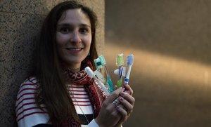 """Paula Huguet: """"El 1% del plástico que va al mar son cepillos de dientes"""""""
