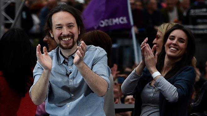 Les bases de Podem exigeixen un govern de coalició per recolzar Sánchez