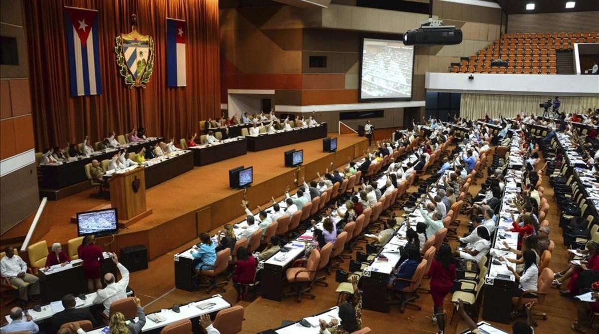La Asamblea Nacional de Cuba, durante una sesión de debate sobre la modificación de la Constitución.
