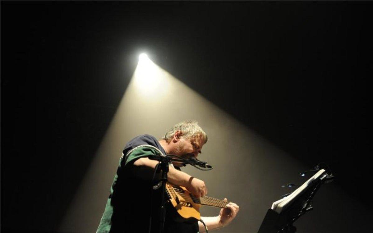 El músico estadounidense Daniel Johnston en un concierto en el 2010, en Bourges (Francia).