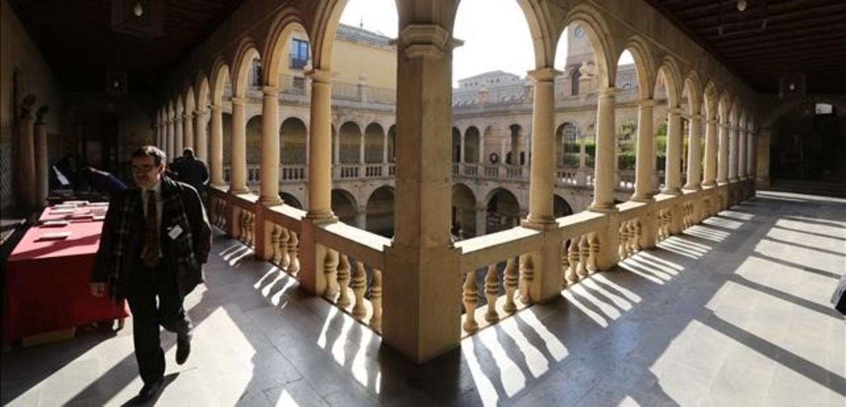 L'Institut d'Estudis Catalans retoca l'ortografia de Fabra per eliminar accents