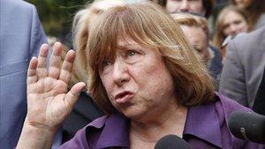 La escritora y Premio Nobel de Literatura, Svetlana Alexievich, en Minsk el 26 de agosto.