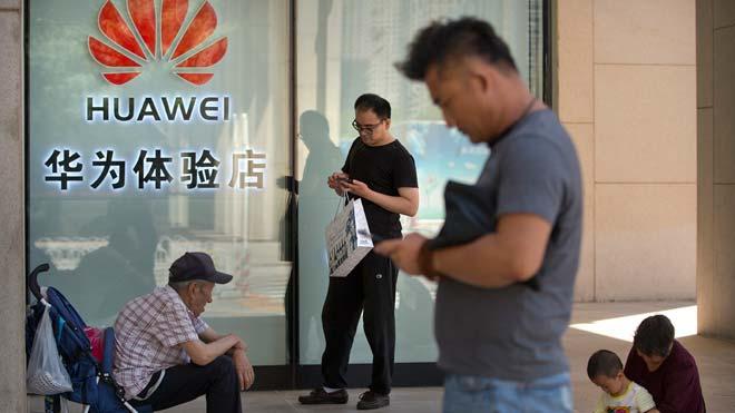 Huawei pide a Estados Unidos que declare inconstitucional la prohibición de sus productos.