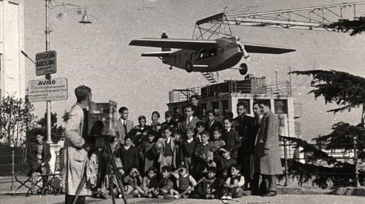 Una imagen de los primeros tiempos del avión del Tibidabo.