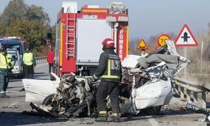 Accidente de tráfico con una persona fallecida en Palma del Río (Sevilla), el pasado enero.