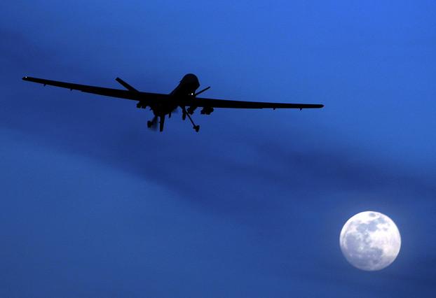 Imagen de un dron Predator de los EEUU sobrevolando Kandahar, en Afganistán.