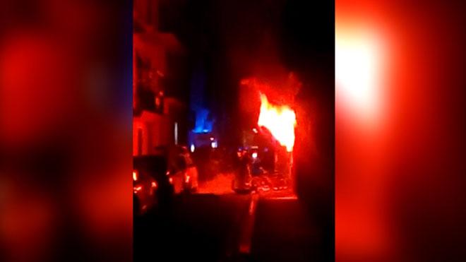 Un incendio en la Barceloneta causa tres muertos.