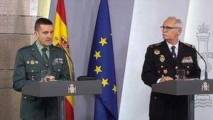 José Manuel Santiago, jefe de Estado Mayor de la Guardia Civil, y José García Molina, comisario principal de la Policía, en rueda de prensa.