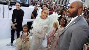 Beyoncé, a su llegada a los premios de la MTV, el pasado agosto.