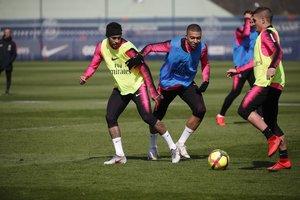 Neymar torna als entrenaments