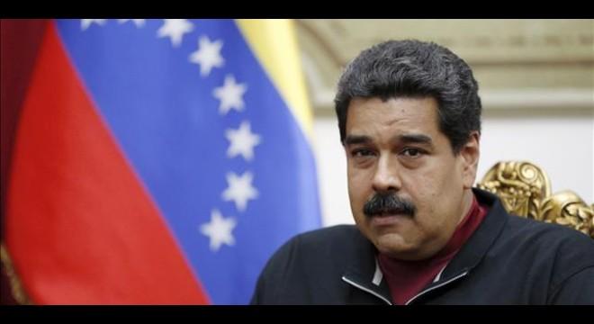 Maduro maniobra en Venezuela para poner en marcha un Parlamento paralelo chavista