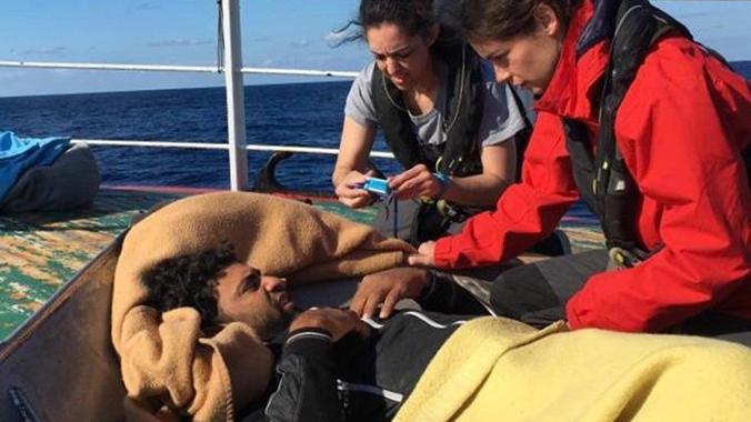 Evacuat un dels immigrants del pesquer espanyol a Malta