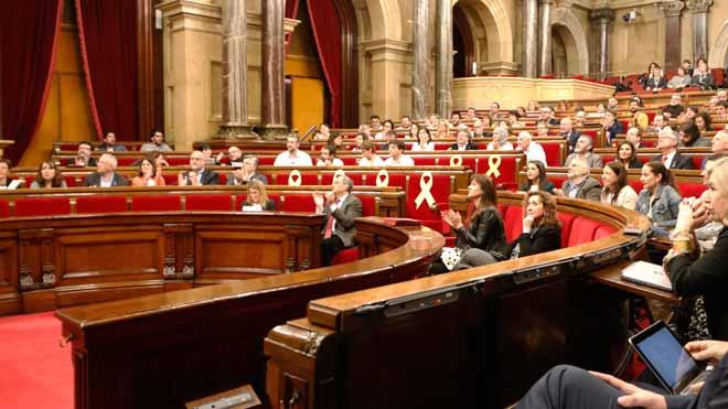 El Parlament aprueba crear una comisión de investigación sobre la monarquía.