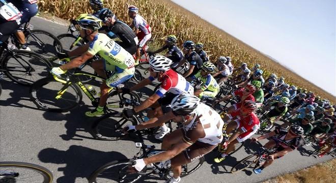 La Vuelta mira a Francia para la etapa reina del 2016