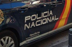 Rep l'alta el segon policia atacat per un home que amenaçava de cremar la seva nòvia